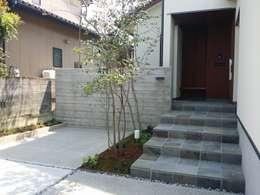 Casas de estilo moderno por 株式会社 砂土居造園/SUNADOI LANDSCAPE