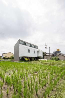 KAWATE: 武藤圭太郎建築設計事務所が手掛けた家です。
