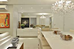Comedores de estilo minimalista por Argollo & Martins | Arquitetos Associados