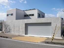 車庫/遮陽棚 by 株式会社 砂土居造園/SUNADOI LANDSCAPE