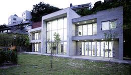 외부 익스테리어 - 정면: 엔디하임 - ndhaim의  주택