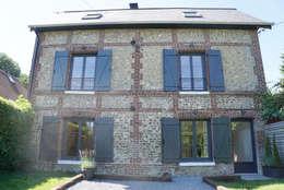 Maison privée B69, Mont-Saint-Aignan 2015:  de style  par STUDIO ELC DESIGN