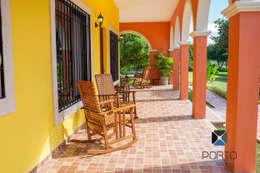 Terrasse von PORTO Arquitectura + Diseño de Interiores