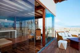 Terrazas de estilo  por YUPANA Arquitectos
