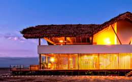 Casas de estilo rústico por YUPANA Arquitectos