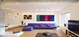 Salas de estilo minimalista por Arabella Rocca Architettura e Design