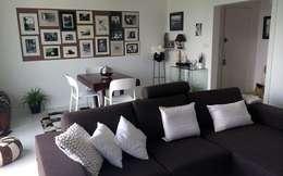 Rénovation appartement Nantes: Salon de style de style Moderne par de l'interieur
