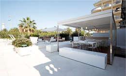 Balconies, verandas & terraces  by PATTIO Premium Outdoors