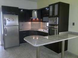 ห้องครัว by fabrica de cocinas mediterranean c.a.