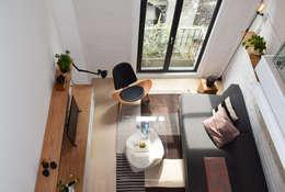 Salas de estar modernas por Germán Velasco Arquitectos