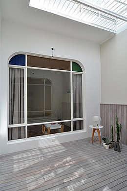 Patio interno:  de estilo  por Matealbino arquitectura