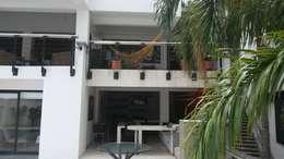 Proyecto: Salas / recibidores de estilo moderno por LFC Arquitectos