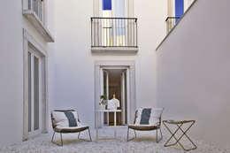Balcone, Veranda & Terrazzo in stile  di Pureza Magalhães, Arquitectura e Design de Interiores