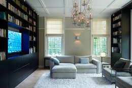 classic Media room by Designa Interieur & Architectuur BNA