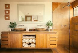 Baños de estilo moderno por Cristina Cortés Diseño y Decoración