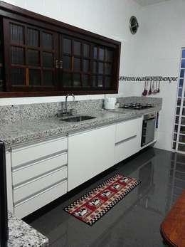 Cozinha - Eliana Rubio: Cozinhas modernas por Bruna Costa - Design de Interiores