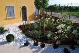 Vườn by Lugo - Architettura del Paesaggio e Progettazione Giardini