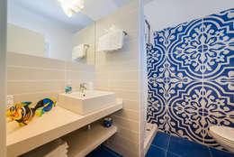 modern Bathroom by Angelo De Leo Photographer