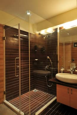 Penthouse Design: asian Bathroom by Aum Architects