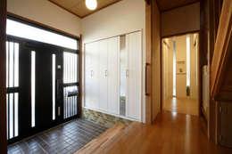 走廊 & 玄關 by nano Architects