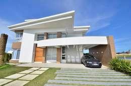 Casas de estilo moderno por Biazus Arquitetura e Design