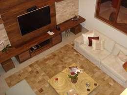 tropical Living room by GEA Arquitetura