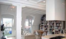 Salas de estar escandinavas por EKIDAZU