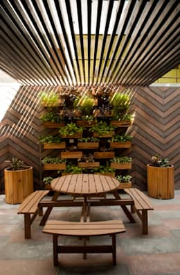 Interior landscaping by OPENIDEAS