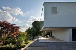 Woonhuis Aramislaan:  Terras door bv Mathieu Bruls architect