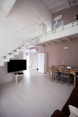 Projekty,  Salon zaprojektowane przez CasaAttiva