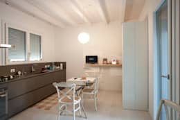 Projekty,  Kuchnia zaprojektowane przez CasaAttiva