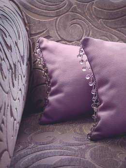 Hogar de estilo  por Decoración Andalusí Textil & Tapicería