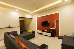 Living Room: minimalistic Living room by Navmiti Designs