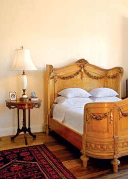 Chambre de style de style Colonial par Marcelo Bicudo Arquitetura