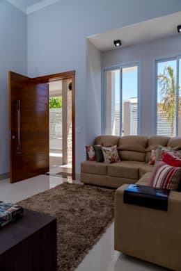 Salas / recibidores de estilo clásico por ADRIANA MELLO ARQUITETURA