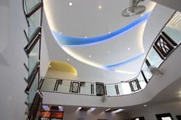 Corridor, hallway by Ansari Architects