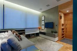 Apartamento FM: Salas de estar modernas por CoGa Arquitetura