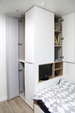 OUA 오유에이: modern tarz Yatak Odası