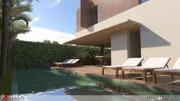 modern Pool by STUDIO LUIZ VENEZIANO