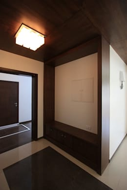 Foyer:  Terrace by Ansari Architects
