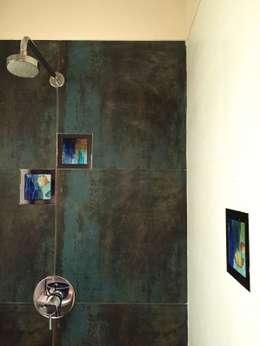 Baños de estilo  por Design Kkarma (India)