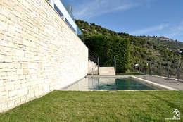Villas R05: Piscines  de style  par 2&1