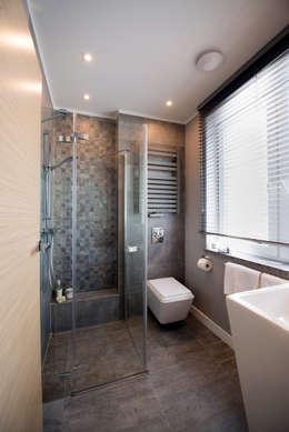 moderne Badkamer door Anna Serafin Architektura Wnętrz