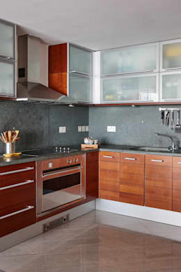 modern Kitchen by Bhavin Taylor Design