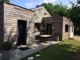 Terrasse extérieure - 5 ans après: Maisons de style de style Moderne par Olivier Olindo Architecte