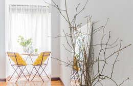 Maison de style  par jaione elizalde estilismo inmobiliario - home staging