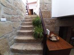 Corridor & hallway by MHPROJECT