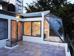 La Cúpula - 2015: Casas de estilo moderno por Erb Santiago