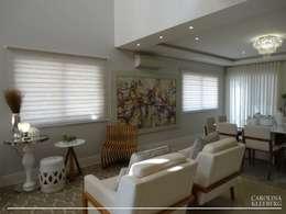 Salas / recibidores de estilo moderno por CAROLINA KLEEBERG