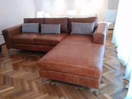RINCONERO POLLOCK CUERO.: Livings de estilo moderno por Xime Russo Interiores